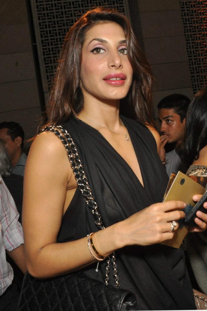 Bobby Deol Girlfriend Priya Chatwal