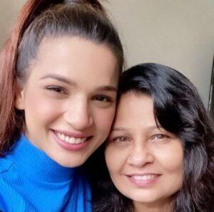 Naina Singh Mother
