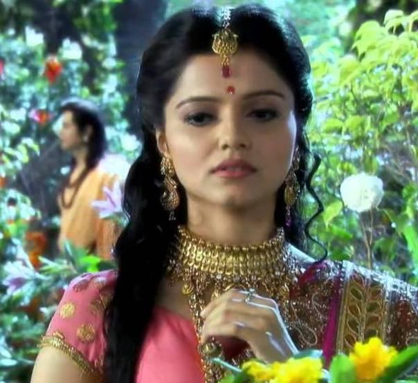 Abhinav Shukla wife