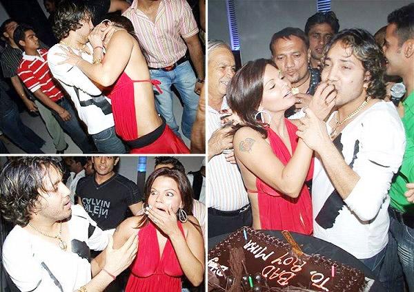 Rakhi Sawant milka singh kissed
