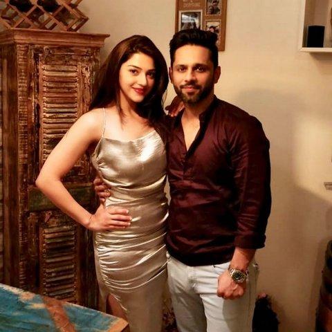 Rahul with Syesha Kapoor (girlfriend)