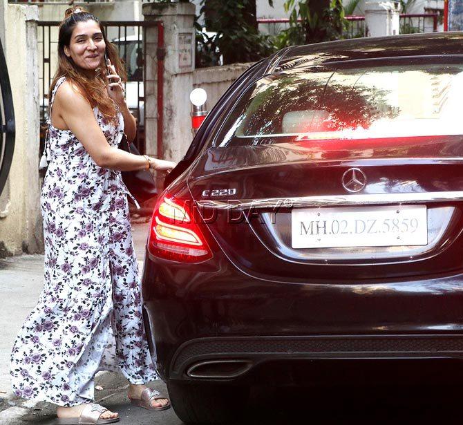Govinda daughter-- car collection