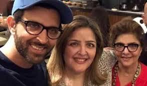 Hrithik Roshan with mother and sister Sunaina Roshan