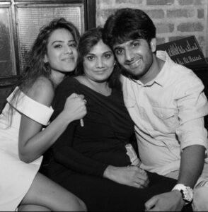 Nia Sharma mother, brother