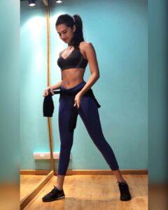 Tara Sutaria workout