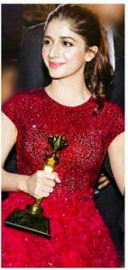 Mawra Hocane awards