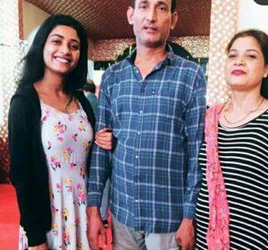 Manya Singh  family
