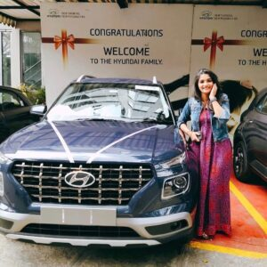 Divya Uruduga car collection