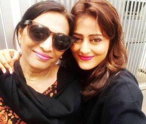 Nidhi Subbaiah mother