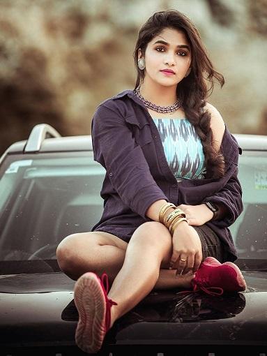 Divya Uruduga life style