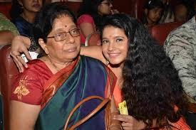 Shubha Poonja mother