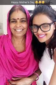 Priyanka Chahar Choudhary mother